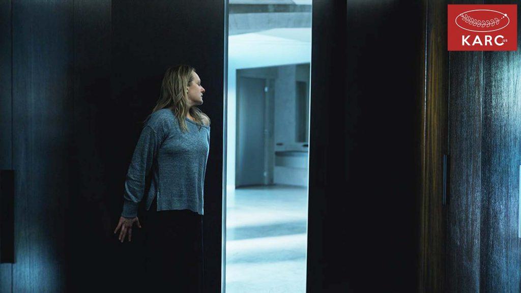 ภาพยนตร์เรื่องนี้ยังเน้นโทนแบบค่อนข้างเงียบมาก ทำให้เพิ่มความกดดันมากขึ้นไป - Karc.us